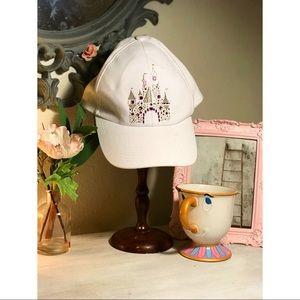 NWT(new w/ tags) Disney parks Princess castle hat